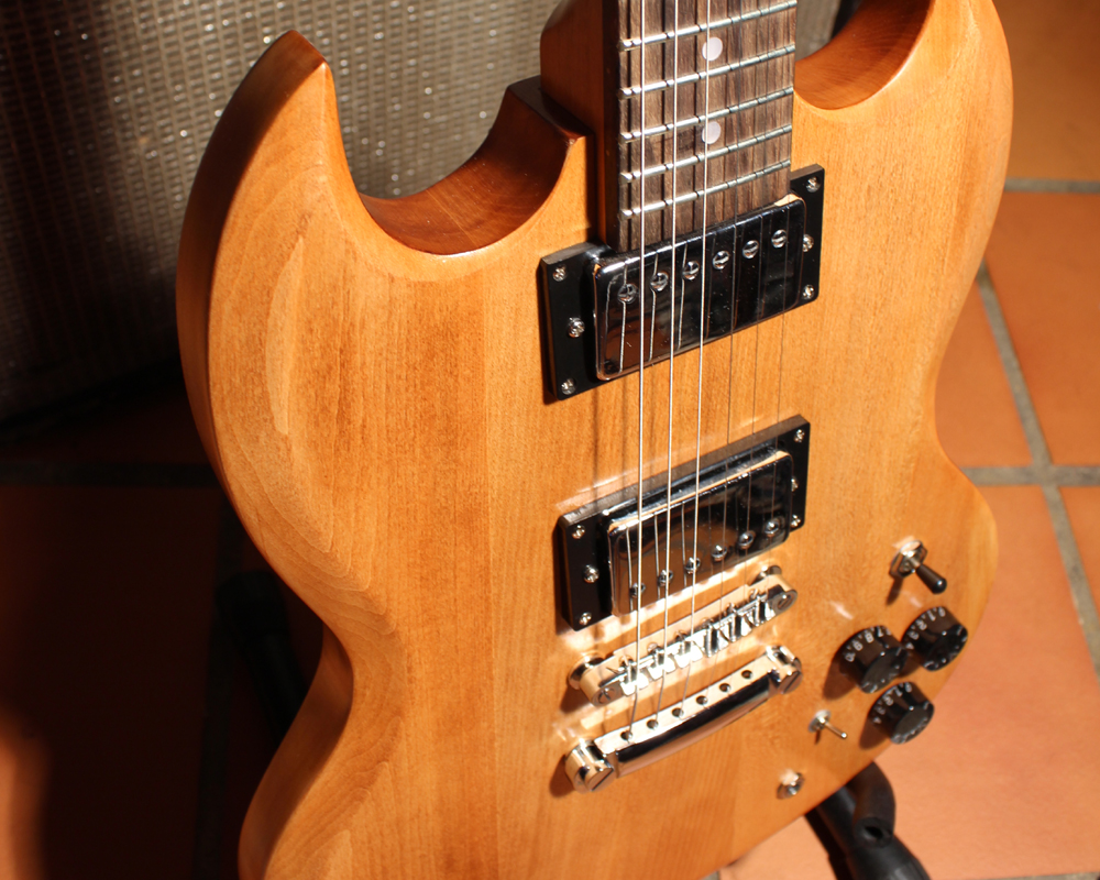 Ea Ab Ab Cbccaf A F E Ea C Guitar Tips Guitar Lessons further Orig besides C F B additionally Gilmour in addition Sstdiag. on electric guitar wiring diagrams